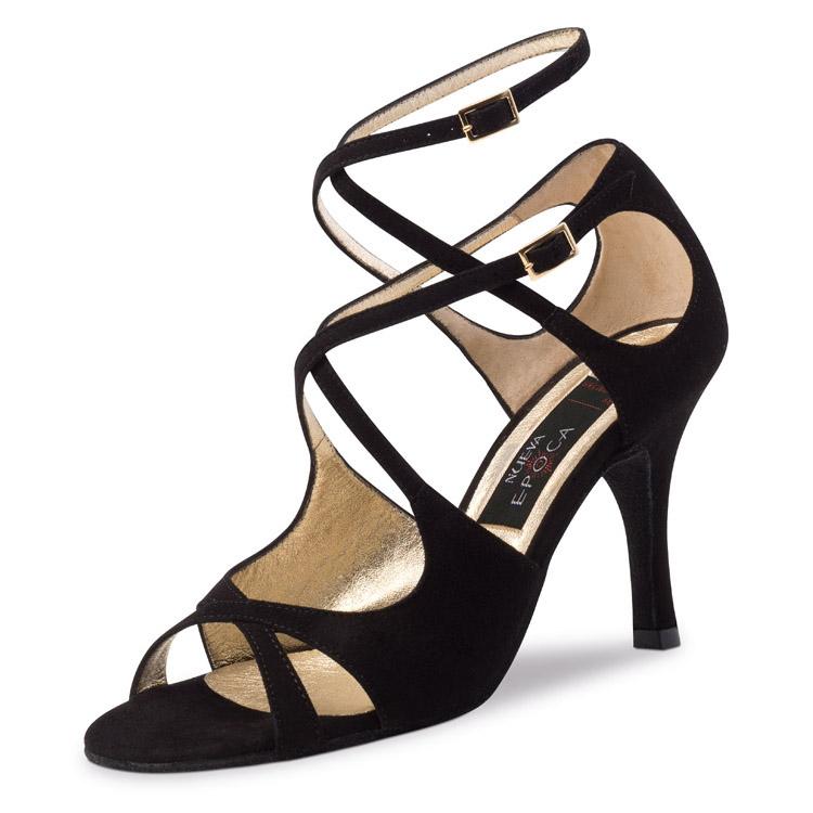 Chaussure de danse pour femme Nueva Epoca Amalia 8 est en daim noir, très souple et confortable, très aérée a l'avant du pied et l'arrière du talon, bride sur le coup de pied et l'autre tour de cheville, talon 8 cm. Idéal pour danse de salon. Danceworld à Bruxelles